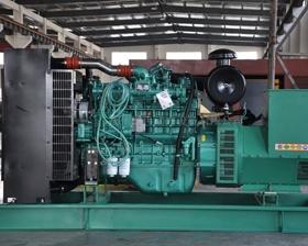 一臺40KW玉柴發電機組調試現場